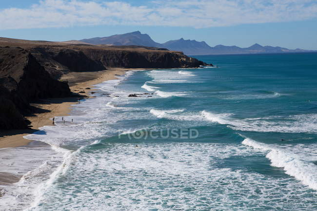 View of coastline cliffs and sea, Fuerteventura, Spain — Stock Photo