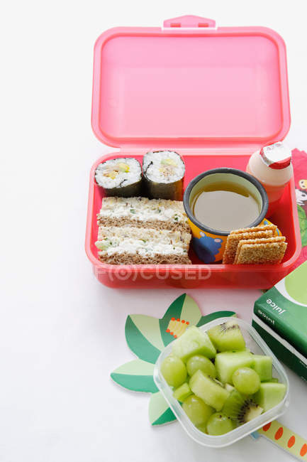 Food packed into lunch box — Stock Photo