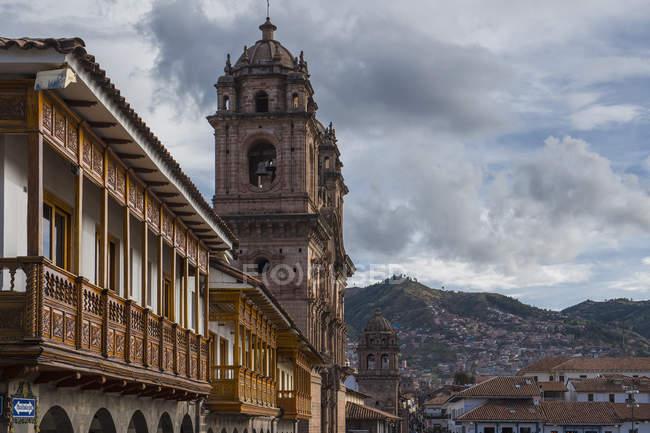 Beautiful architecture of Plaza De Armas, Cusco, Peru, South America — Stock Photo