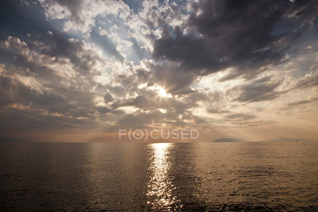 Sea with sun reflected in water, Milazzo, Sicily, Italy, Europe — Stock Photo