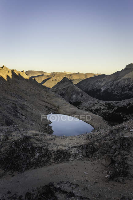 View of lake in Andes mountain range, Nahuel Huapi National Park, Rio Negro, Argentina — Stock Photo