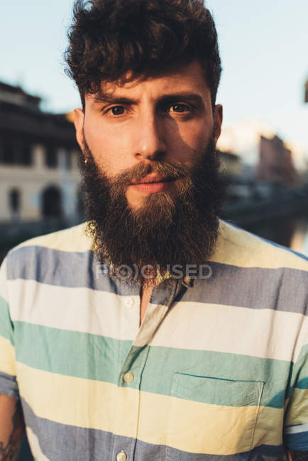 Head and shoulder portrait of bearded man — Stock Photo