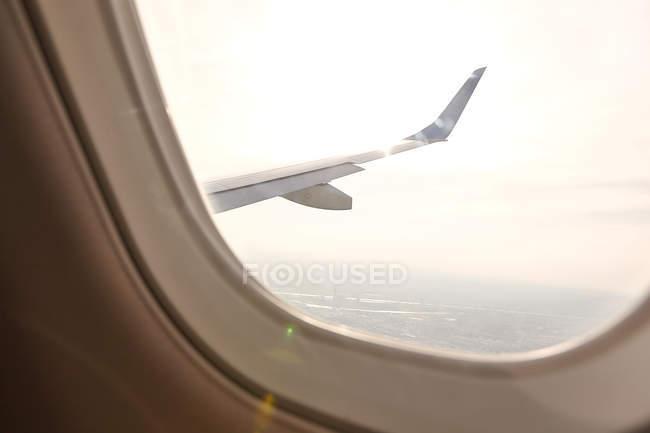 Vista da janela do avião de outro avião — Fotografia de Stock