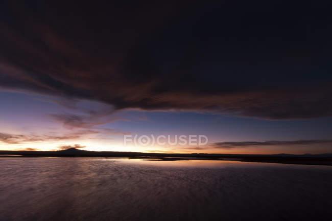 Belo pôr do sol no deserto atacama, américa do sul — Fotografia de Stock