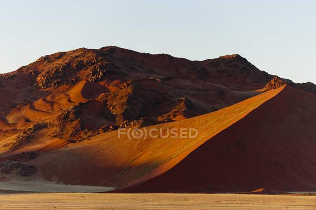 Sand dunes, Sossusvlei, Namib Naukluft Park, Namib Desert, Namibia — Stock Photo
