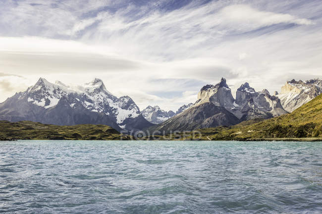 View of lake and Cuernos del Paine and Paine Grande, Torres del Paine National Park, Chile — Stock Photo