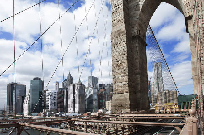 Brooklyn Bridge and New York skyline, Nova Iorque, Nova Iorque, EUA — Fotografia de Stock