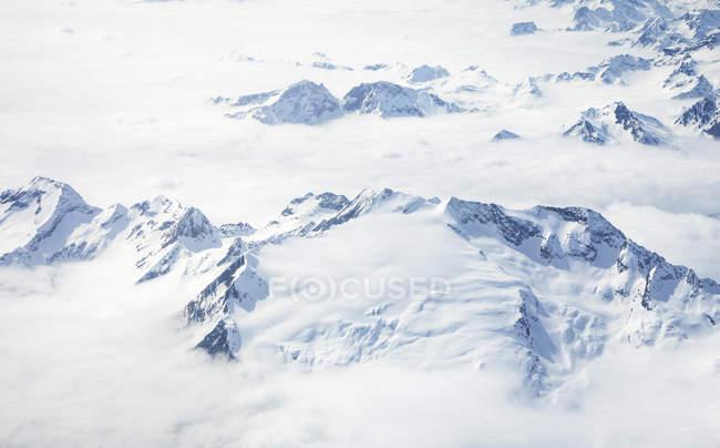 Vue aérienne des Alpes suisses, Interlaken, Berne, Suisse, Europe — Photo de stock