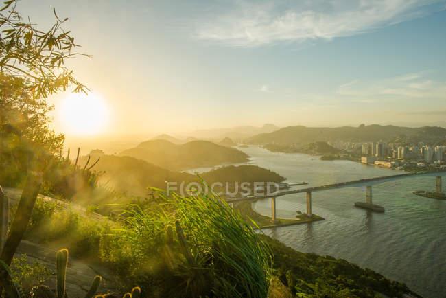 Vista sul mare durante il tramonto, Rio de Janeiro, Brasile — Foto stock