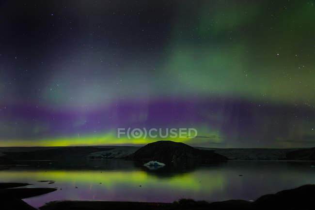 Aurora Borealis, ghiacciaio Qualerallit, Narsaq, Vestgronland, Groenlandia — Foto stock