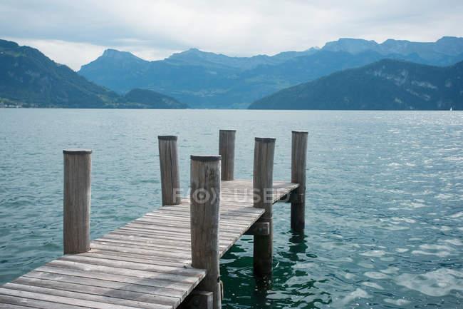 Vue panoramique du lac des Quatre-Cantons, Suisse — Photo de stock