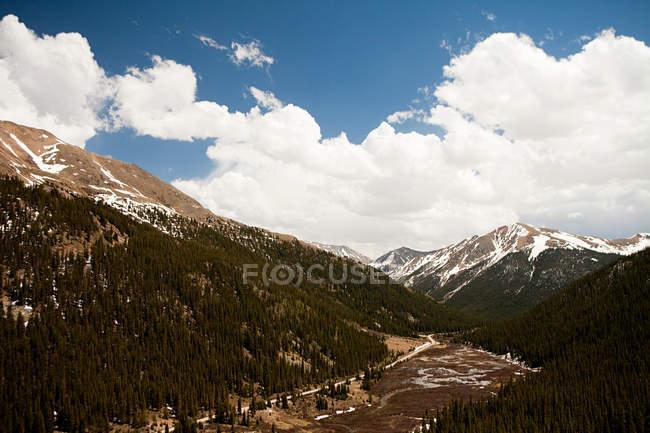 Montagnes du col de l'indépendance dans le Colorado, é.-u. — Photo de stock