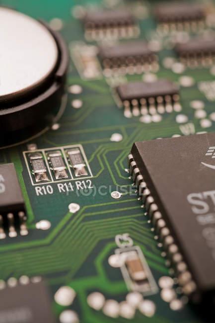 Ordinateur Carte de circuit imprimé, vue rapprochée, fond de la technologie plein cadre — Photo de stock