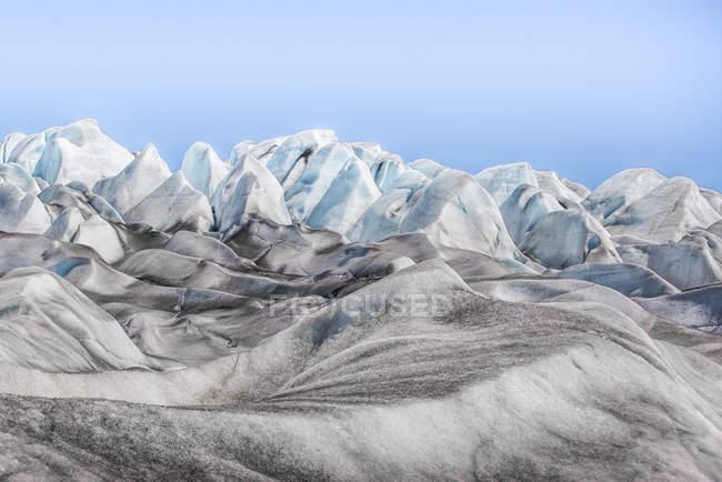 Bellissimo ghiacciaio bianco e blu nella Groenlandia meridionale — Foto stock