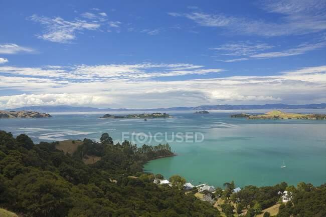 View of coast, Waiheke Island, Auckland, New Zealand — Stock Photo