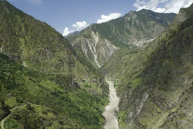 Sutlej river and valley, Sarahan, Himachal Pradesh, India, Asia — Stock Photo