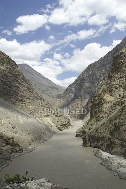 Spiti river and valley, Kalpa, Himachal Pradesh, India, Asia — Stock Photo