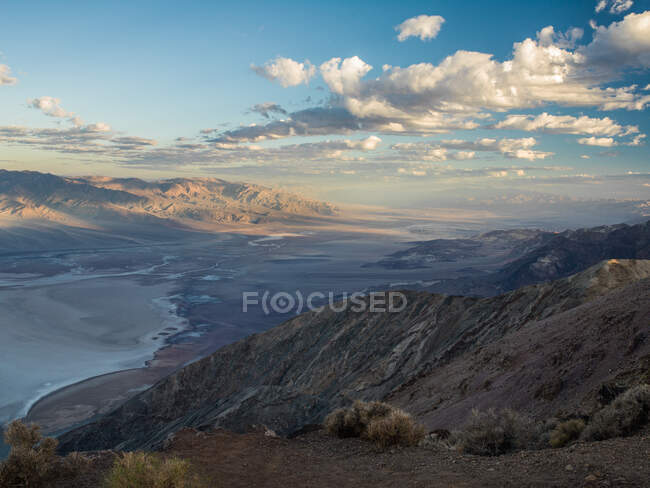 Dantes View overlooking Badwater Basin, Death Valley, California, USA — Fotografia de Stock
