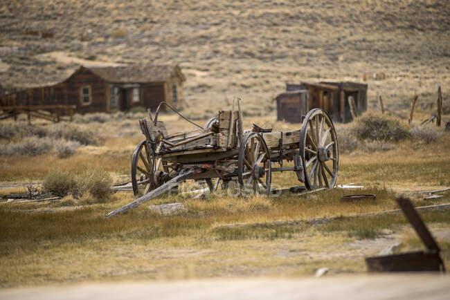 Покинуті вози в місті Боді, Національний парк Боді, Каліфорнія, США — стокове фото