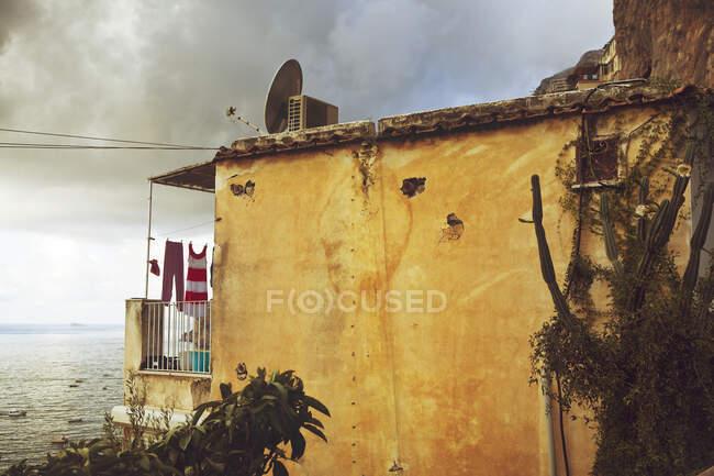 Apartment with balcony and sea view, Positano, Amalfi Coast, Italy — Stock Photo