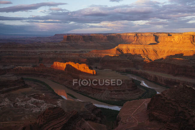 Dead Horse Point Overlook at dusk, Utah, USA — Stock Photo