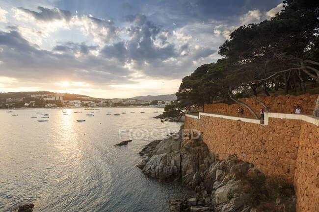Cami de ronda ruta costera de S 'Agaro a La Conca, Costa Brava - foto de stock