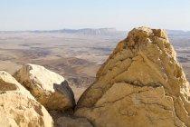 Кратер Рамон карстовые эрозии цирка на горе Негев в Израиле. — стоковое фото