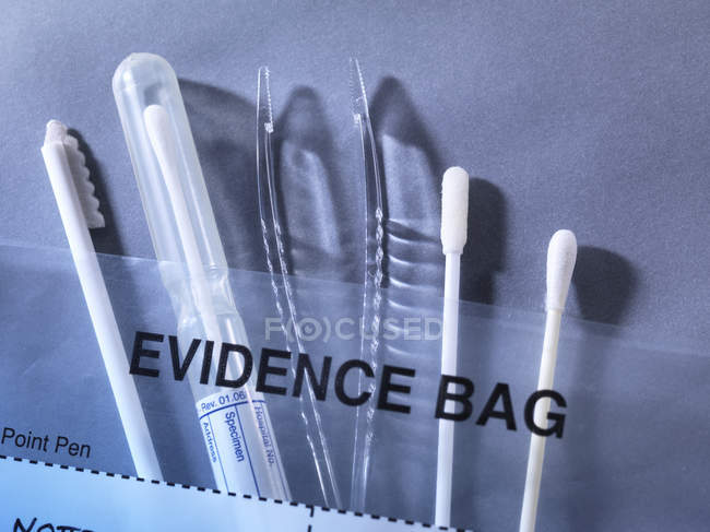 Tools for gathering evidence at scene of crime. — Stock Photo