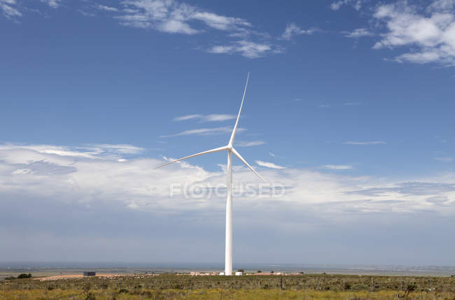 Wind turbine at wind farm at Jeffreys Bay, Western Cape, South Africa. — Stock Photo