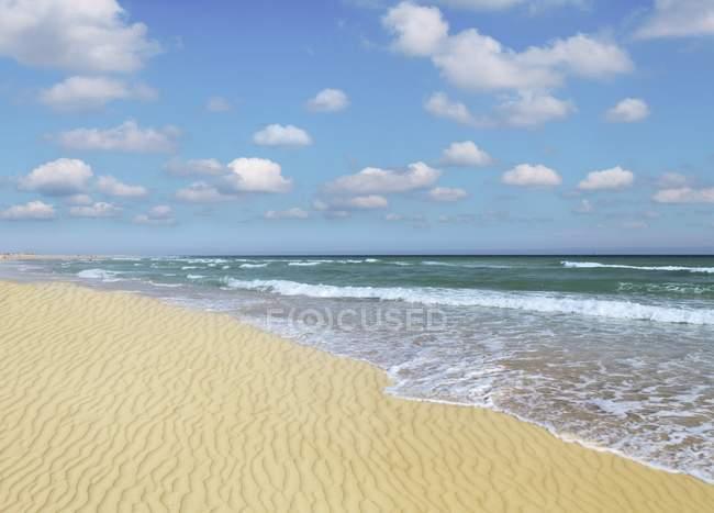 Sandy beach on Atlantic coast of Canary Islands. — Stock Photo