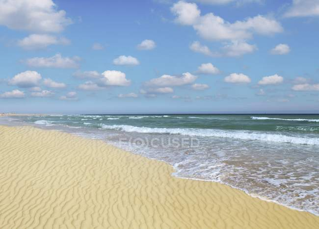 Sandy beach on Atlantic coast of Canary Islands. — Stock Photo