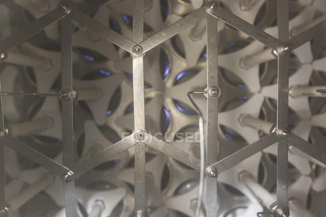 Обладнання ультрафіолетове іонізації на водоочисної. — стокове фото