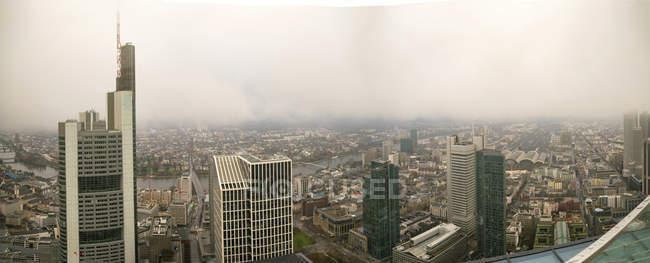 Фінансовий район в міський пейзаж Франкфурт, Німеччина. — стокове фото