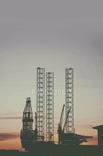 Offshore oil rig at sunset in Esbjerg, Denmark. — Stock Photo