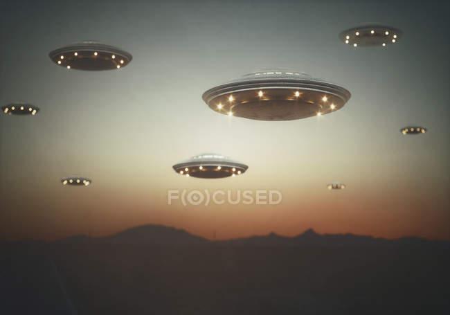 Invasion außerirdischer Raumschiffe bei Sonnenuntergang, Illustration. — Stockfoto