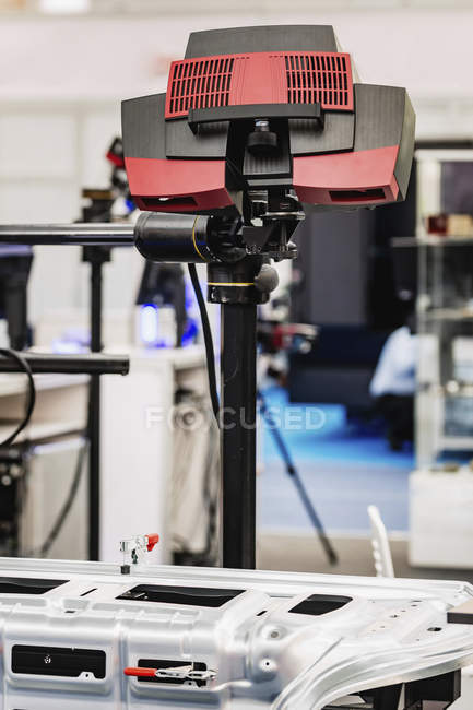 Blue-light 3D scanner in modern industrial facility. — Stock Photo