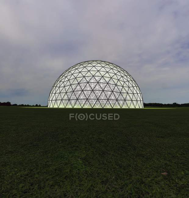 Domo geodésico iluminado desde dentro en el campo al atardecer, ilustración digital . - foto de stock