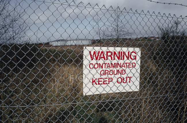 Contaminated land, site of former gas works in West Midlands, UK. — Stock Photo
