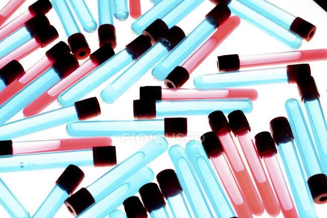 Tubos de teste, ilustração do computador — Fotografia de Stock