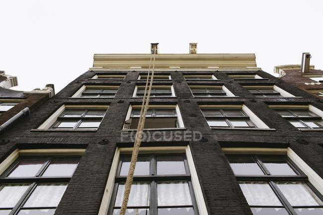 Typical Dutch black facade in Amsterdam — Stock Photo