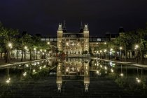 Front view of Rijksmuseum national museum in Amsterdam — Stock Photo