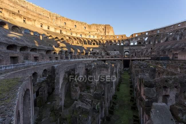 Arena Coliseo al atardecer - foto de stock