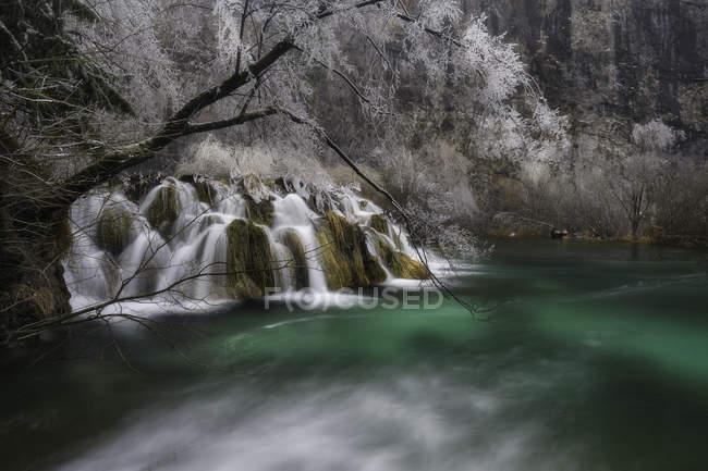 Водопады Плитвицкого национального парка — стоковое фото