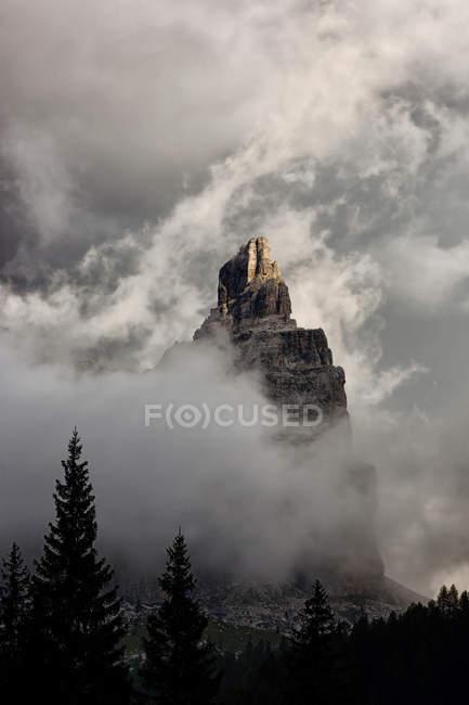 Dolomitas de Brenta desde Refugio Vallesinella - foto de stock