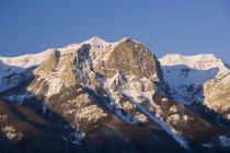 Snow-Capped Mountain At Sunrise — Stock Photo