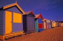 Colorida playa Cabañas - foto de stock