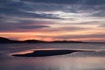 Nascer do sol sobre o oceano — Fotografia de Stock