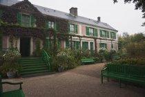 La casa de Claude Monet - foto de stock