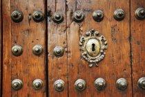 Vieille porte en bois — Photo de stock