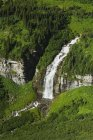 Grande cascata all'aperto — Foto stock
